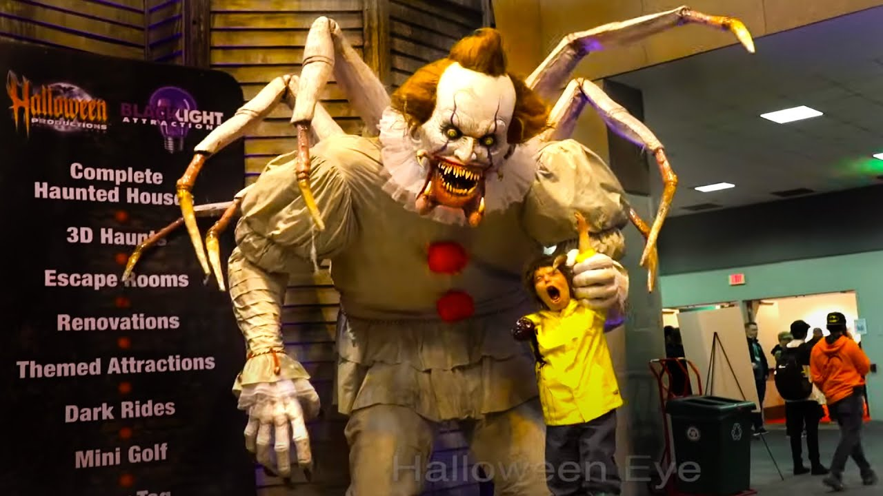 Pennywise Clown Animatronics, Toys, SFX Makeup Compilation