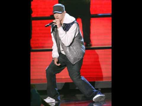Eminem I am vs Whoa Black RobMash Up