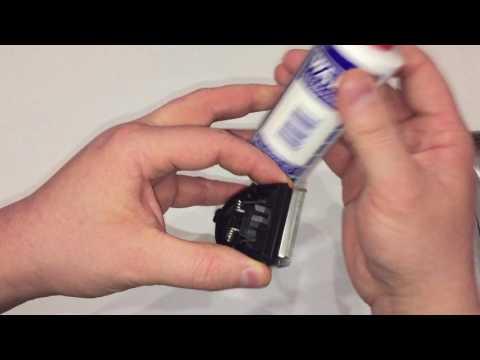 Jak wyczyścić maszynkę Moser cz.1; How to Clean Moser clipper part 1