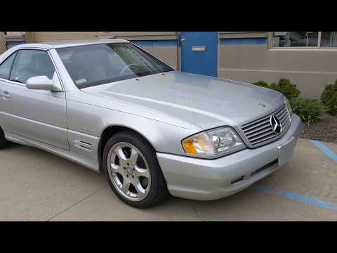 2002 Silver Arrow /Black with Silver Accents Mercedes-Benz SL-Class (WDBFA68F52F) with an 8 Cylinder Engine engine, 5-speed automatic transmission transmission, located at 603 Amelia Street, Plymouth, MI, 48170, (734) 459-5520, 42.378841, -83.464546 - Photo #0