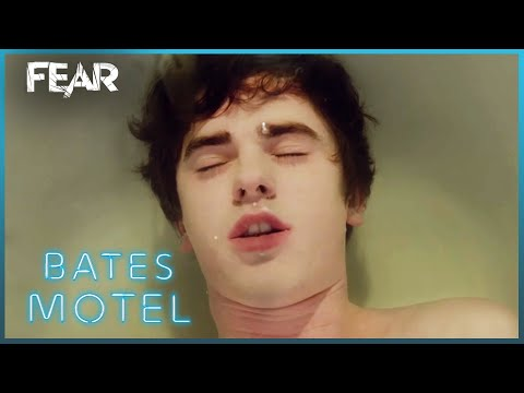 Norman Tries To Drown Himself | Bates Motel