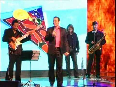 Cleopatra band-musicians with singer-ligth jazz 0546211560