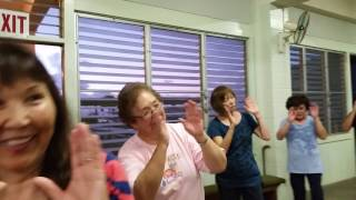 Bon dance practice at Haleiwa Jodo Mission. ハレイワ浄土院での盆ダ...