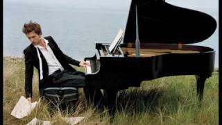 Robert Pattinson - her