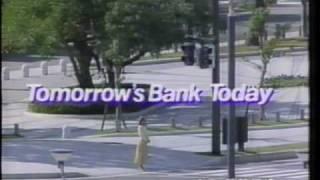和久井映見の銀行のCMといえば三和銀行のものが思い浮かびますが、これ...