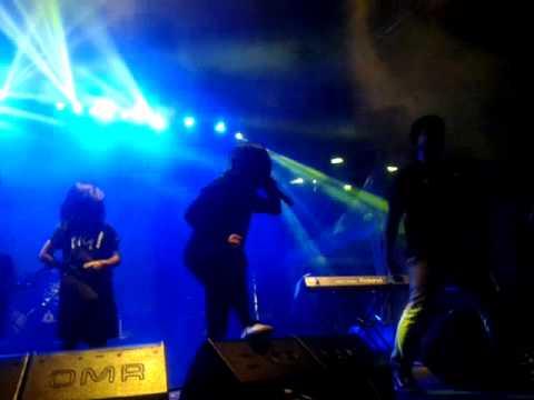 KILLING ME INSIDE feat Sansan PWG - The Tormented (at JakCloth lebaran 2015)
