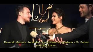 Gambar cover Furkan Andıç e  Aybüke Pusat na premiação Altın Objektif Ödülleri.