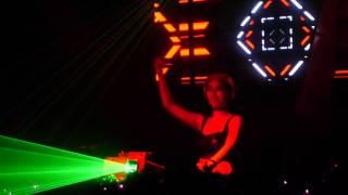 DJ Pennie live spining (HARDSTYLE)
