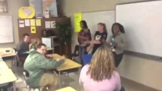 Spanish days of the week song/rap by Taiylor, Kelsea, & Tre