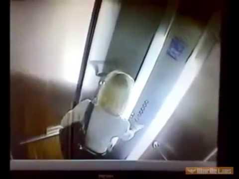Девушка Насрала Прямо в Лифте   Приколы с Девушками