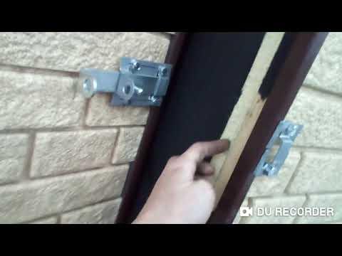 Двери и засов на фронтон из сайдинга.