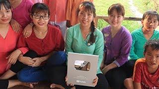 Tự hào Nhóm Nữ Miền Tây Đầu Tiên Đạt Được Nút Bạc Youtube - Sự thật nút bạc có đính Kim Cương không