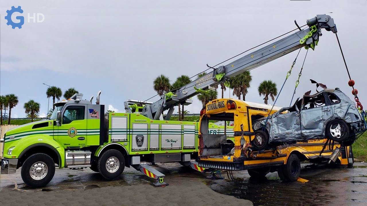 World's Most Amazing Tow Trucks You Must See 2 ▶ Truck Kenworth T880 Wrecker