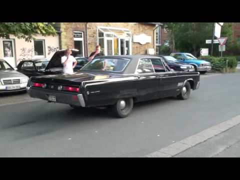 1968 chrysler 300 bad burnout youtube. Black Bedroom Furniture Sets. Home Design Ideas