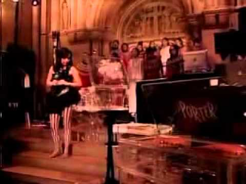 Björk - Pagan Poetry (Live in Riverside Church) Legendado