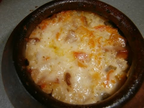 Кулинария Свинина с белыми грибами и овощами в горшочках