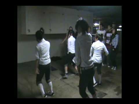 GIRLS ON THE DANCE FLOOR - Far East Movement - Jacettss