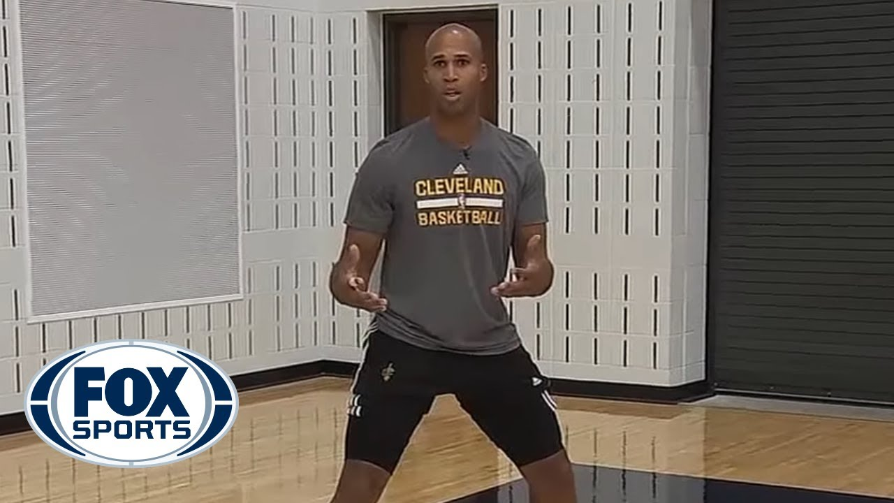 richard jefferson demonstrates how to perfect the catch and shoot three youtube. Black Bedroom Furniture Sets. Home Design Ideas