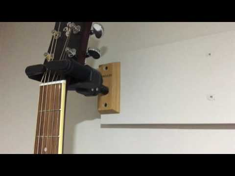 How to hang your Guitar from a wall | VIDEO TUTORIAL