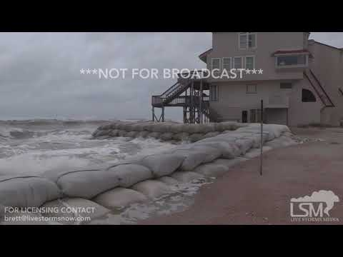 09-13-18 North Topsail Beach, NC - Hurricane Florence waves crashing on houses and sandbags