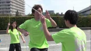 ダブルダッチの普及活動をしているNPO法人ZEROさんにダブルダッチの跳び...