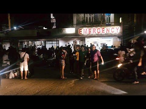شاهد: إخلاء مبنى في الفلبين بعد وقوع زلزال بقوة 6.7 درجات …  - نشر قبل 7 ساعة