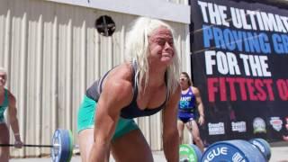 地球上で最も強靭な体:フィットネスの10年 (字幕版) - Trailer thumbnail