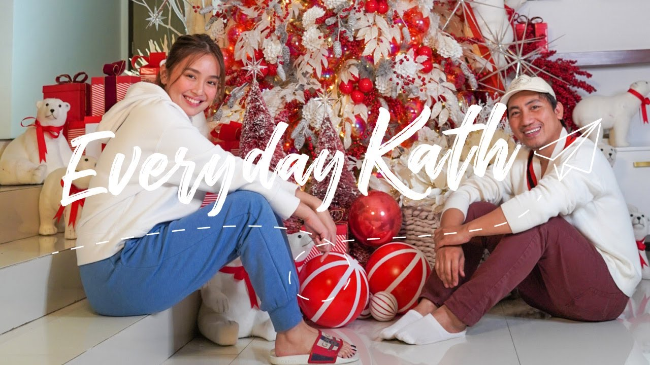 Decorating Our Christmas Tree 2020 | Everyday Kath