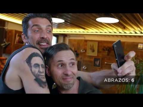 Gianluigi Buffon le da una Priceless Surprise a su fan nº 1