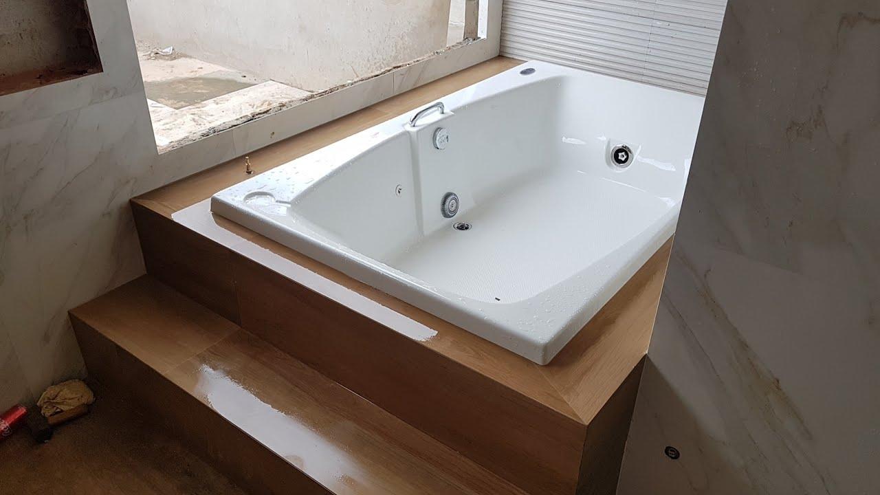 Como instalar uma banheira de hidromassagem