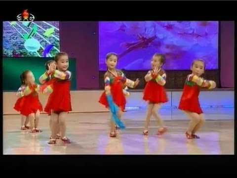 "[Dance] ""Drop-the-handkerchief"" {DPRK Music}"