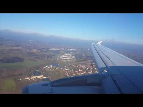 Saudi Arabian Airlines Airbus A320-200(business config) wingview landing in München MUC