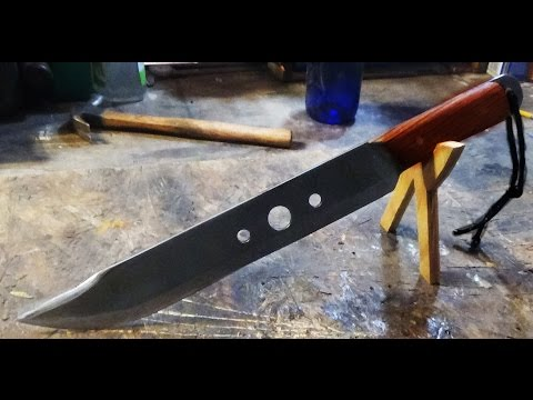 MAKING A MACHETE FROM A LAWN MOWER BLADE