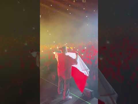 Bad Bunny  Con Bandera Chilena Movistar Arena 2019