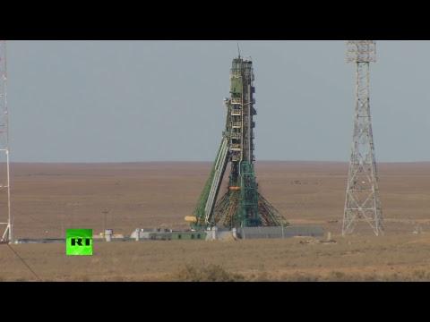 Трансляция с космодрома Байконур после аварии «Союза»