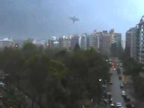 Нло(Ufo)Огромная Аномалия В Небе Над Уругваем
