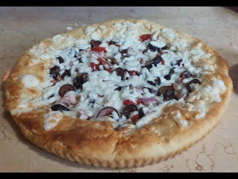 صورة  طريقة عمل البيتزا طريقه عمل بيتزا بالعجينه الذهبيه خطيييييره(بيتزا بالتونه) طريقة عمل البيتزا من يوتيوب