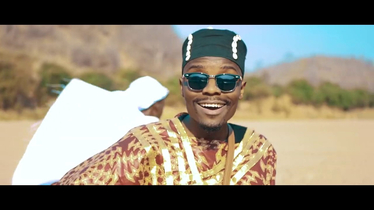 Download Patience Namadingo - Ng'wi Ng'wi (Official Video)