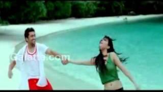 7 Aum Arivu - Mun Andhi Song Promo