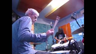 Old school indie rock (Kung foolery)