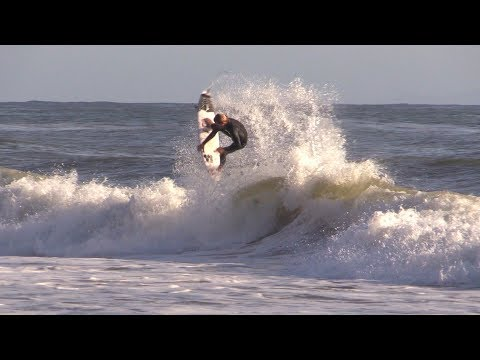 Grovel Surfing Session Raw | Kilian Garland
