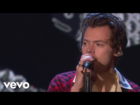 "Harry Styles - ""Adore You"" Performance"