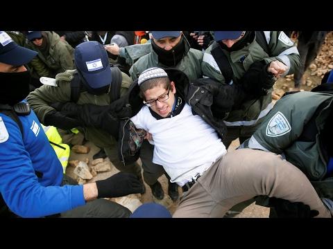 Евреев выселяют из форпоста на Западном берегу