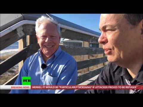 Max Keiser & Paul Craig Roberts on FAKE NEWS & MSM LIES