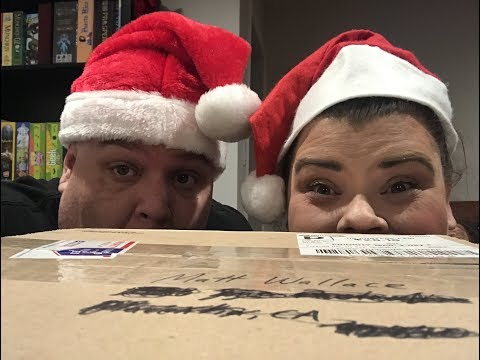 """Unboxing our $100 """"What's In The Box?!?"""" from Don't Eat The Gum! (HHH Gift Guide #4)"""