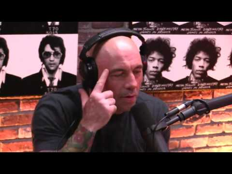 Joe Rogan asks Sam Harris & Dan Harris about Mediation