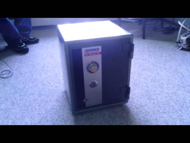 Brinks home safe model 5074 manual