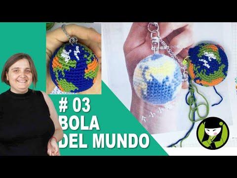 Llavero amigurumi con la bola del mundo en tapestry 03