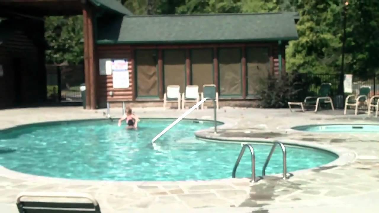 Hawaiian joe gatlinburg falls parkview resort pool youtube - Gatlinburg falls resort swimming pool ...