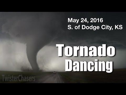 Tornado Dancing - May 24, 2016 Tornadoes, Dodge City, KS